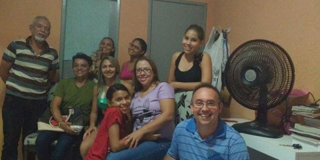 Voluntários se reúnem para implantação de ONG que protege animais de Iguatu